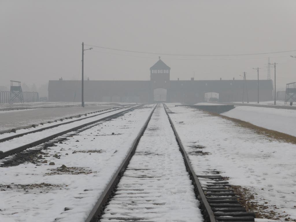 2017-02 Q2 Auschwitz 09
