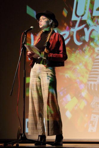 14-Poetry-Slam-2019