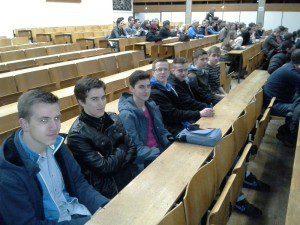 Die Brückenbauer im Hörsaal der Uni Siegen