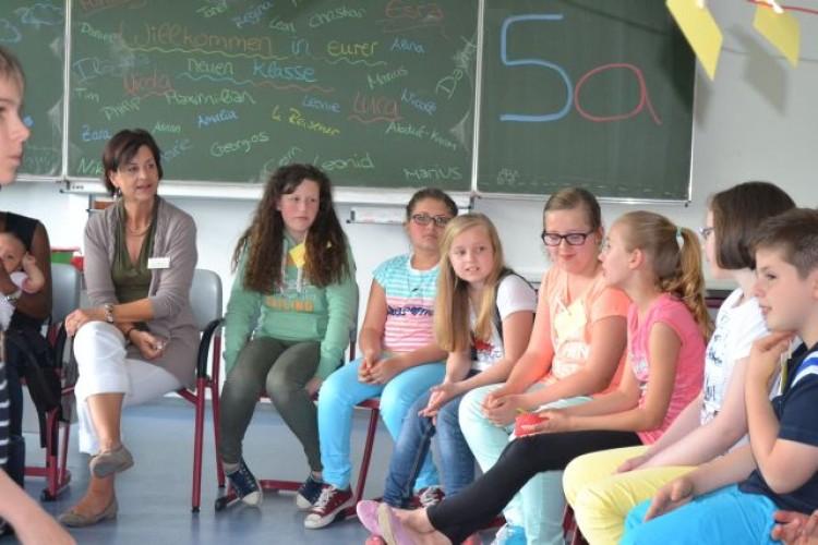 Im neuen Klassenverband hatten dann SchülerInnen und Lehrer Zeit, sich kennenzulernen.