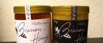 Honigverkauf der Imker-AG am Tag der Offenen Tür 2015