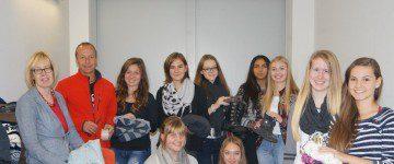 Die Schülervertretung organisiert eine Kleiderspende für Flüchtlinge