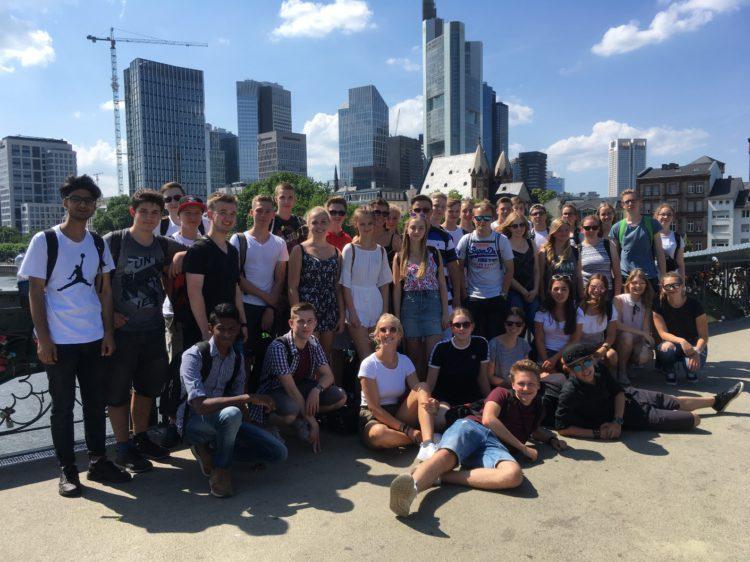 Exkursion der Q1-Erdkunde-Kurse nach Frankfurt am Main
