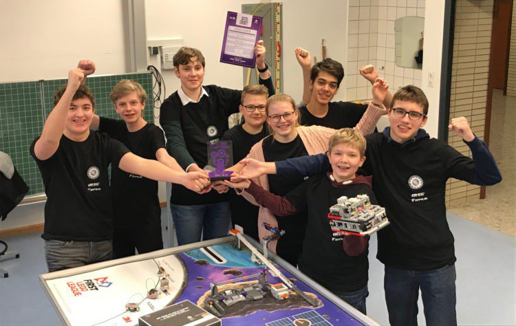 Robo AG erfolgreich bei der First Lego League