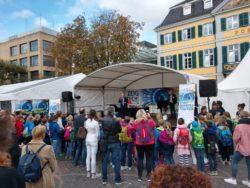 """Besuch der Physik-Leistungskurse bei den """"Highlights der Physik"""" in Bonn"""