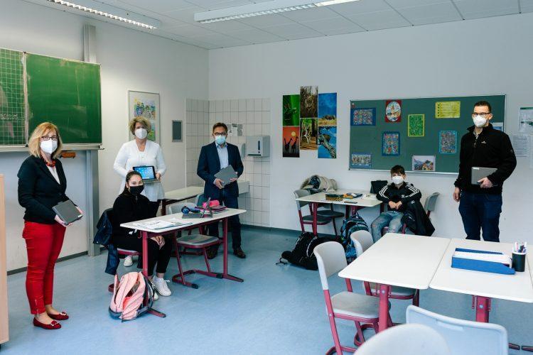 Das ASG freut sich über weitere Unterstützung des digitalen Lernens